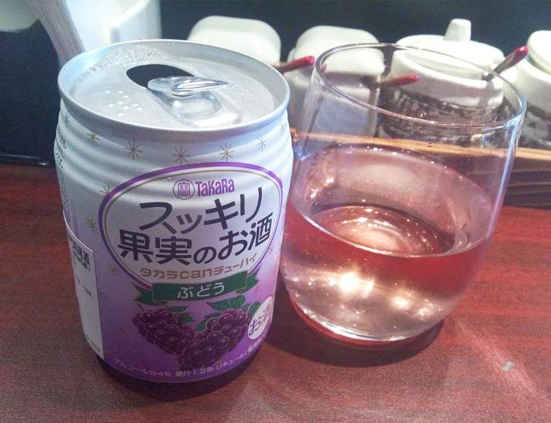 水果起泡酒