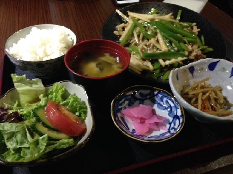 青椒肉丝定食