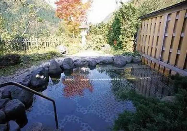 五个山温泉/龟谷温泉