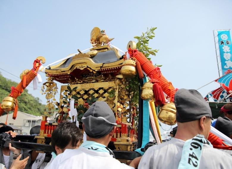 夏日祭神桥巡游